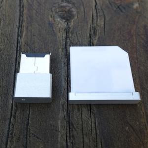 [CS] MacBook のストレージを最大 384GB 拡張する「microSSD」