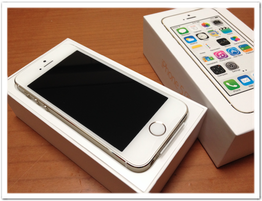 iPhone 5s/64GB/ゴールド